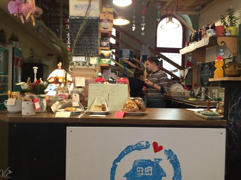 VII. kerület wifi kávé kézműves termékek természetes alapanyagok környezettudatos kávézó reggeli játszóház menü van szendvics