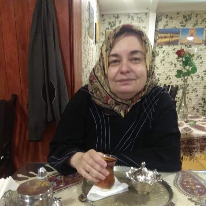 belföld Budapest vendégírás Mester utca A-tól Z-ig perzsa tea sáfrány