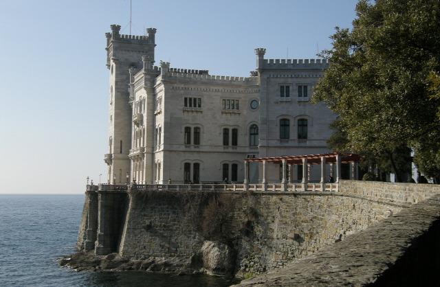 Olaszország Trieszt Miramare kastély várak