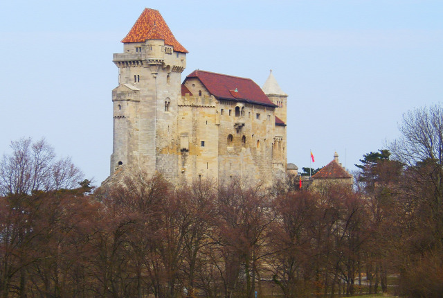 Ausztria Alsó-Ausztria várak Liechtenstein