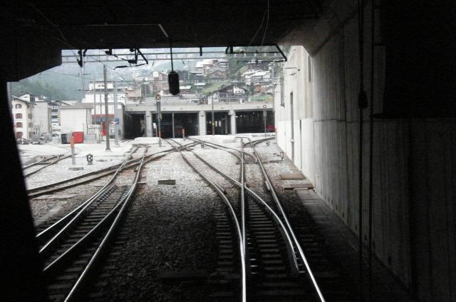 Svájc fogaskerekű vasút vonat Zermatt