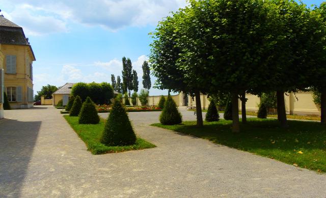 Ausztria Alsó-Ausztria várak Schloss Niederweiden