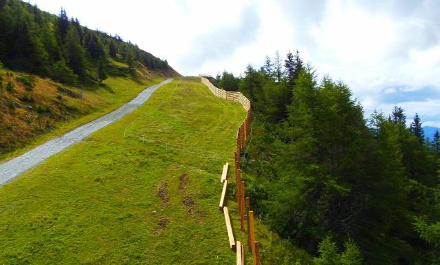 Ausztria Karintia Salzburg tartomány Katschberg hegy csúcskereszt Aineck