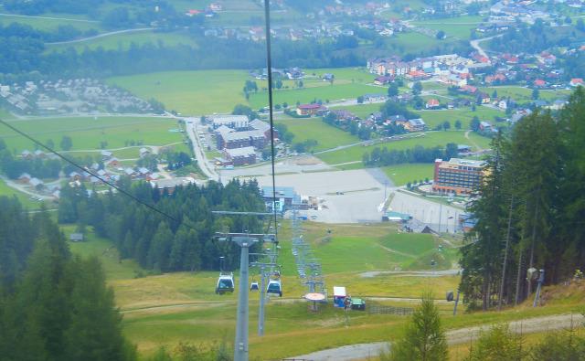Ausztria Stájerország Murau hegy Kreischberg kis-kabinos felvonó