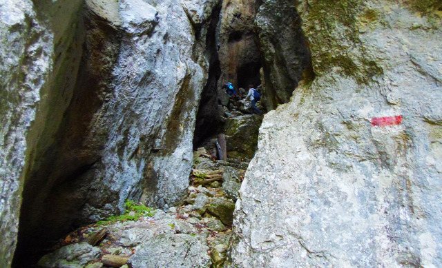 Ausztria Alsó-Ausztria Schneeberg hegy szurdok libegő Weichtalklamm csúcskereszt