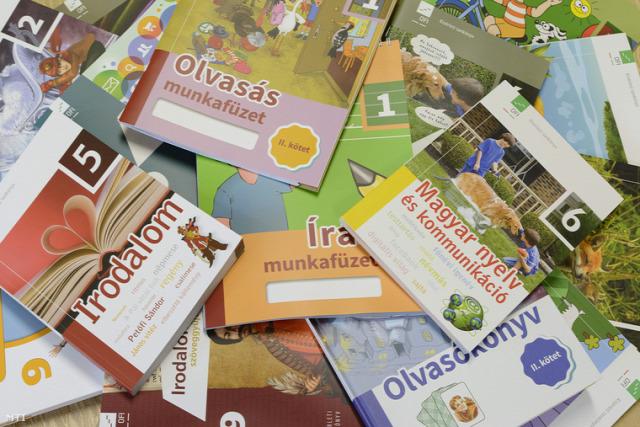 közoktatás fidesz magyar oktatás magyar közoktatás ofi pedagógus kar KLIK pedagógus képzés szakképzés NGM PÖCS élepálya életpályamodell tankönyvek kísérleti tankönyvek tankötelezettségi korhatár