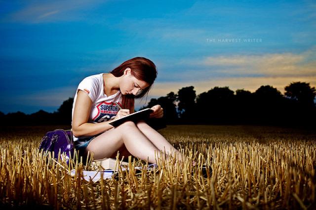 írás hogyan legyek író írás fázisai író írói lét írói munka írói állás cikkíró írói rutin
