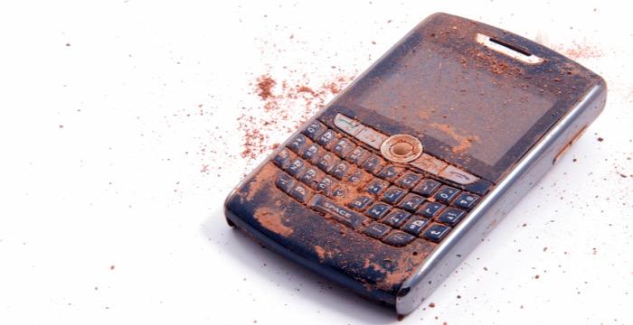 mobil smartphone okostelefon mobiltelefon telefon baktériumok bektérium és telefon kórokozók mocskos telefon gusztustalan