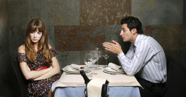 szerelem párkapcsolat azelsosprint első randi randevú randi férfi-nő