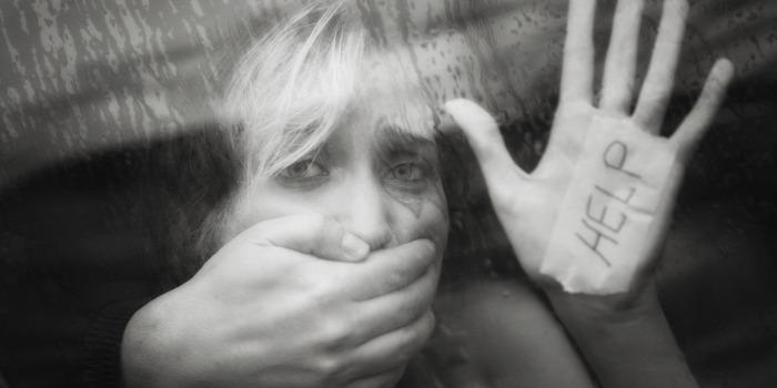 pszichológia élet életmód ember tudomány közélet arc arculat nyelv erószak nyelvi agresszió nyelvészet kommunikáció erőszak