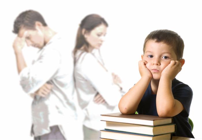 csalad család iskola közoktatás nevelés oktatás otthoni kultúra szelekció hátrányos helyzet