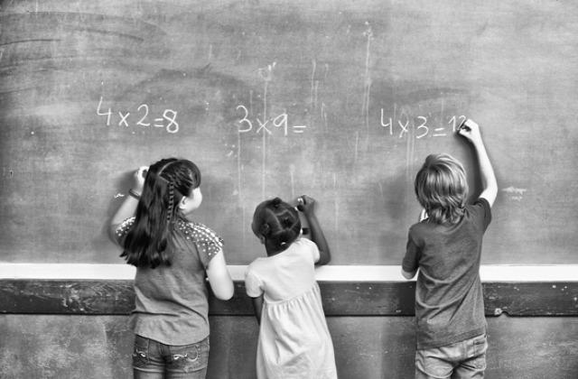 közoktatás iskola oktatás tanítás tanulás nevelés MO oktatásügy szocializáció kultúra