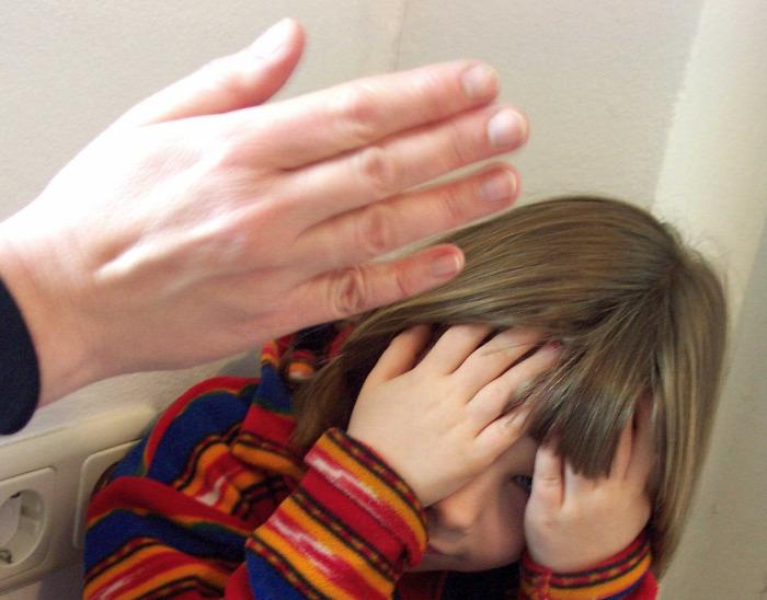 pofon kultúra pedagógia nevelés erőszak pszihológia fotó