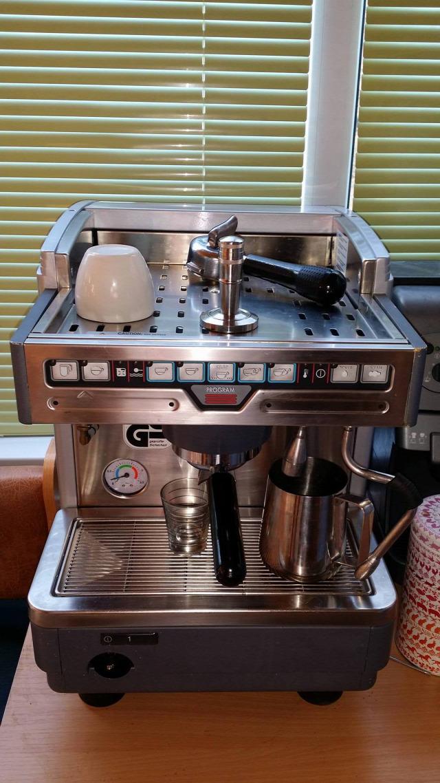 kávé koffein kávéfőző kávézás Ungvár Gaggia Spinel Lavazza POD kapszula presszó fesztivál coffee kávé koffein kávéfőző kávézás Ungvár Gaggia Spinel Lavazza POD kapszula presszó fesztivál coffee
