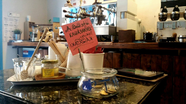 kávé cold brew bluebird caffee barista