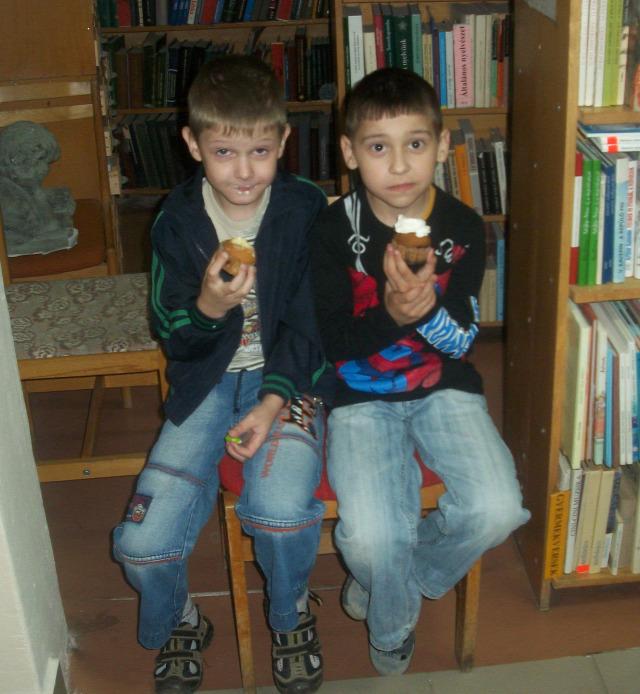 ungvári megyei könyvtár kárpátalja La Dolce Vita tortanap kávé kávéfesztivál Márai-pogram NKA