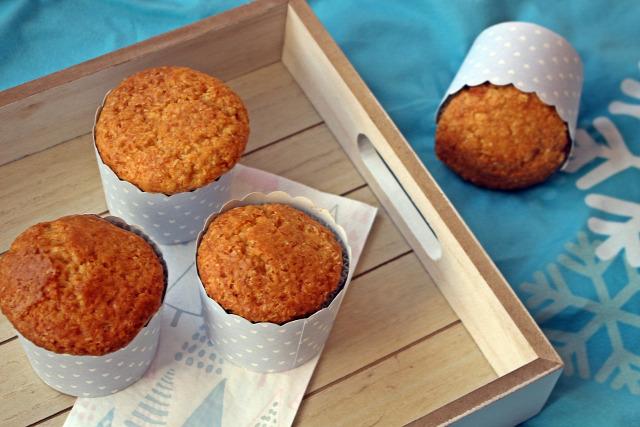 kókusz liszt cukor lekvár muffin gyors muffinok édességek tej sütőpor