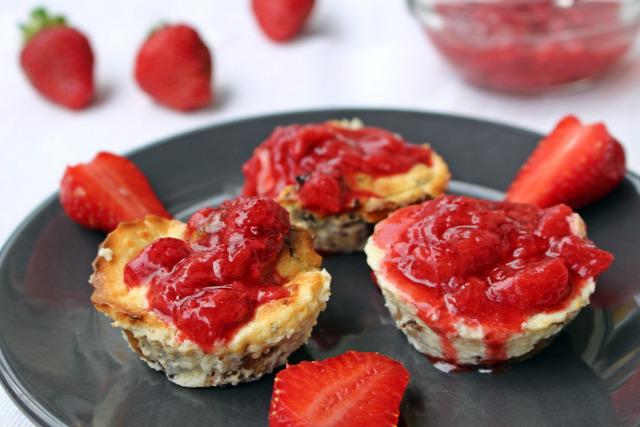 blogkóstoló cheesecake sajttorta krémsajt eper eperszósz fahéj mák mákosguba tejszín