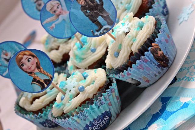 ribizli gyors muffinok csoki csokoládé puding tej kakaópor vaníliás cukor tojás olaj