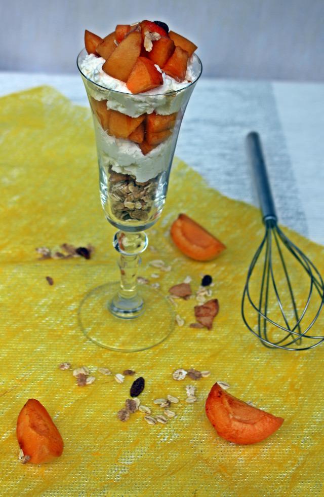 barack sárgabarack pohárkrémek habtejszín kókusz citrom müzli