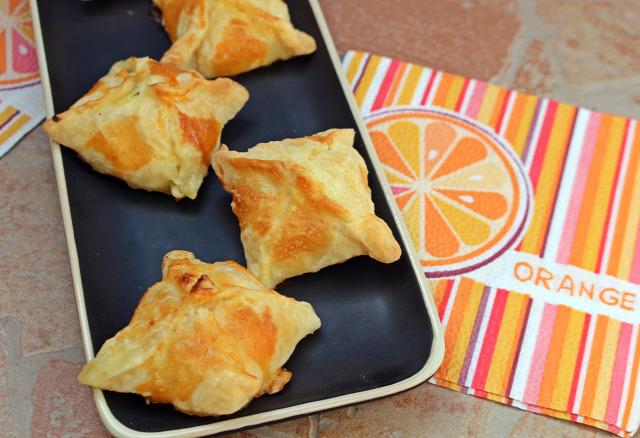 túró túrós táska túrós batyu joghurt tejföl narancs citrom mazsola leveles tészta ráérős reggelik édességek
