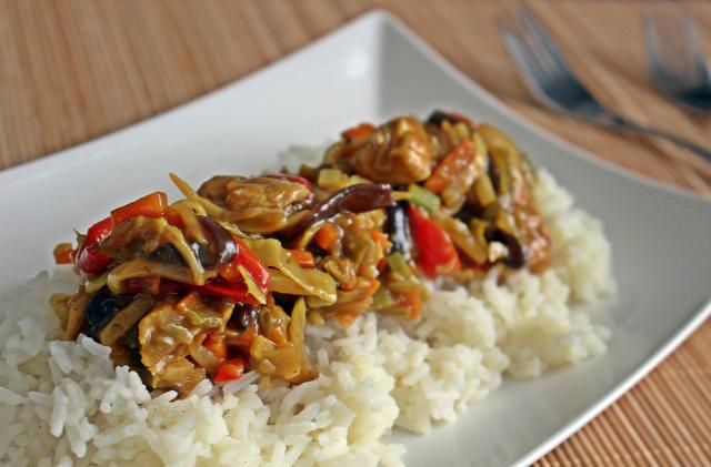 csirkemell kínai rohanós vacsorák rizs olaj szójaszósz zöldség póréhagyma só