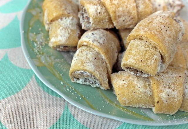 vaj porcukor liszt dió citrom vaníliás cukor tojás édességek aprósütemény aprósüti húsvét karácsony