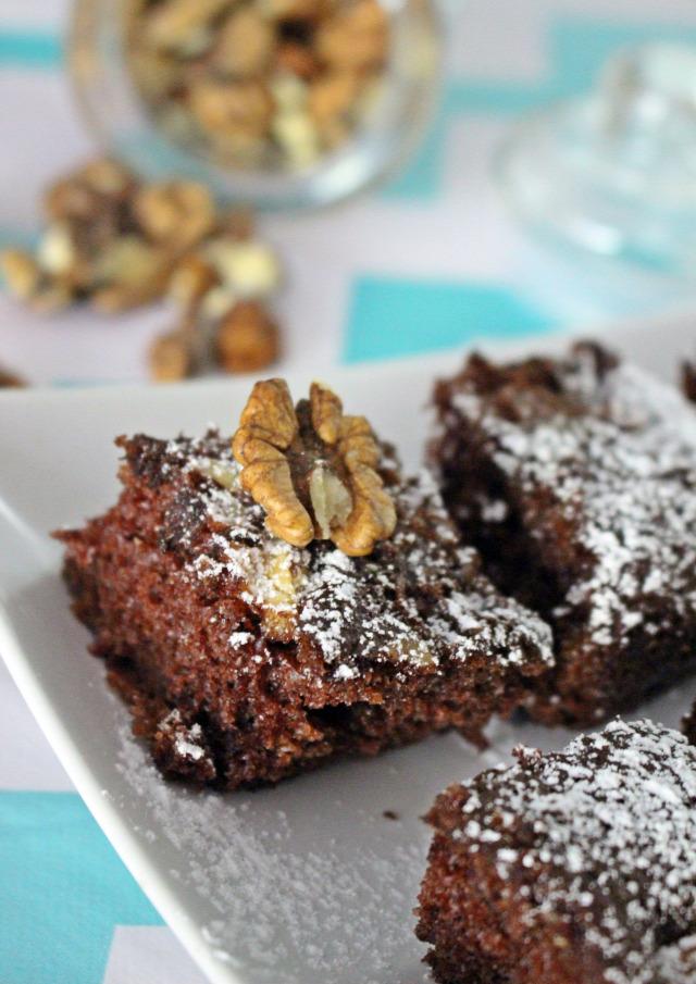 dió kakaópor kakaó édességek liszt cukor szóda sütőpor tojás