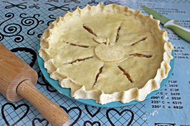 vaj liszt alma keményítő cukor fahéj citrom édességek pite