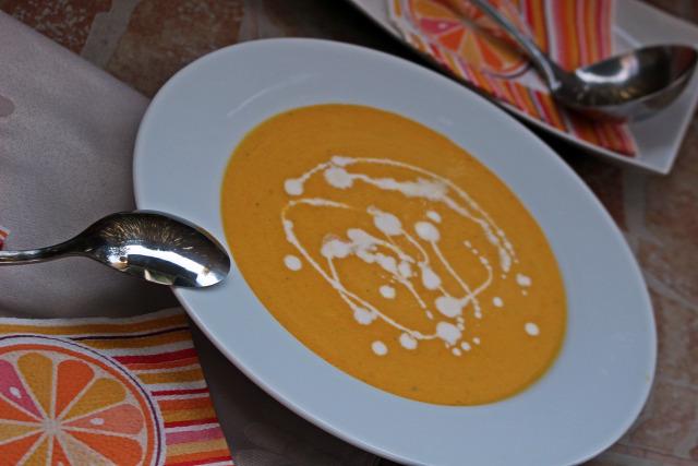 leves fincsi ebédek curry répa chili paprika kókusztej hagyma fokhagyma alaplé tejszín