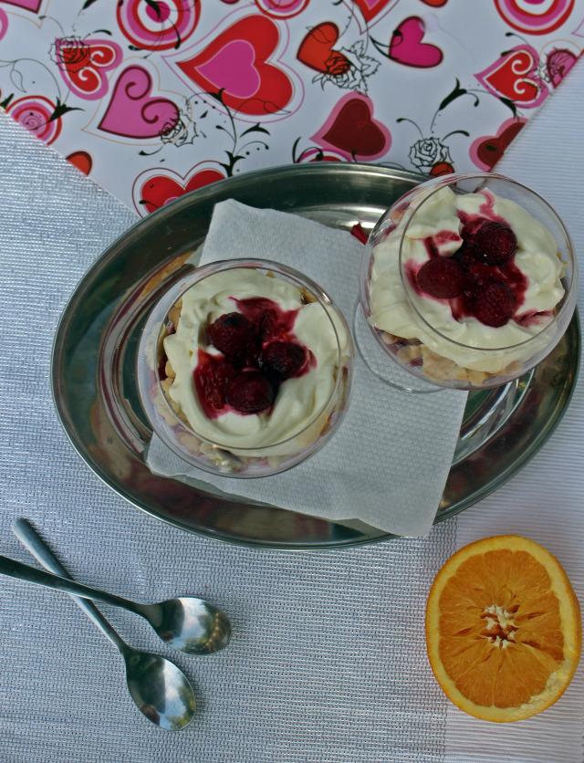 pohárkrémek édességek málna narancs mascarpone görög joghurt joghurt