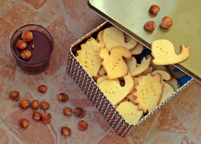 keksz édességek kiszúró liszt cukor vanília tojás vaj