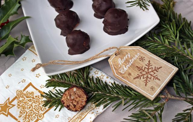 zserbó karácsony advent dió lekvár étcsoki csoki csokoládé étcsokoládé baracklekvár darált keksz