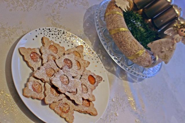 advent karácsony adventi naptár keksz dió lekvár porcukor cukor liszt vanília citrom tojás linzer