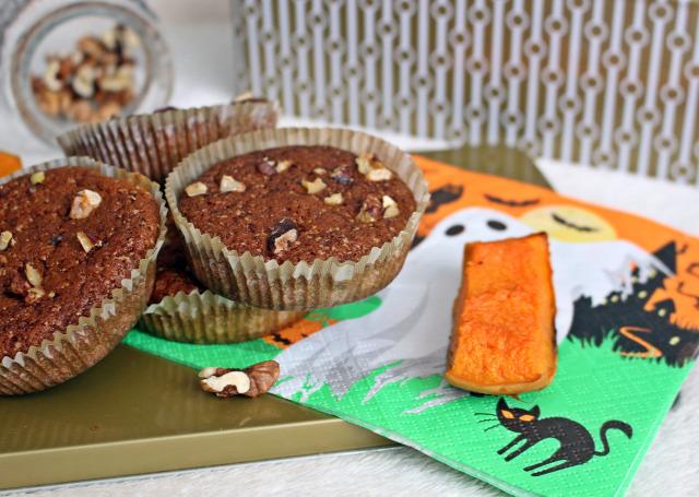 liszt cukor sütőtök gyors muffinok muffin édességek halloween só fahéj ánizs szegfűszeg tojás olaj sütőpor dió