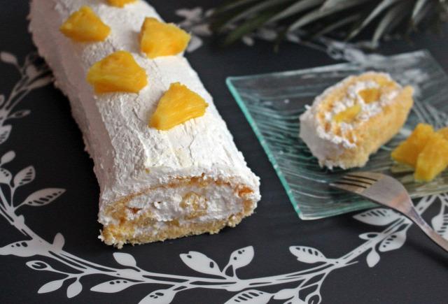 tojás vanília habtejszín joghurt kókusz ananász édességek piskóta piskótatekercs kókuszreszelék liszt cukor vaníliás cukor