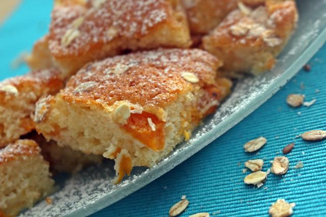 joghurt barack zabpehely cukor liszt olaj vaníliás cukor sütőpor édességek bögrés bögrés sütemény