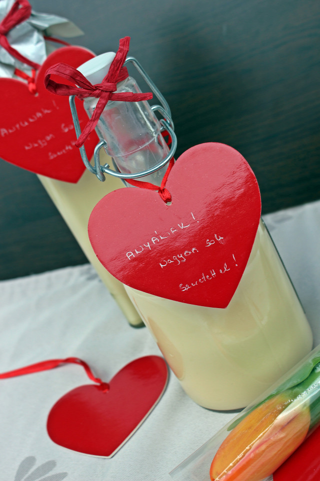 alkohol sűrített tej vaníliás cukor cukor habtejszín baileys vendégvárók ehető ajándék anyák napja