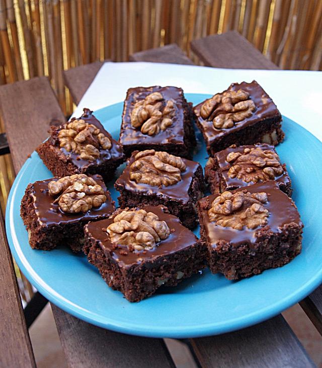 csokoládé dió édességek fahéj szegfűszeg