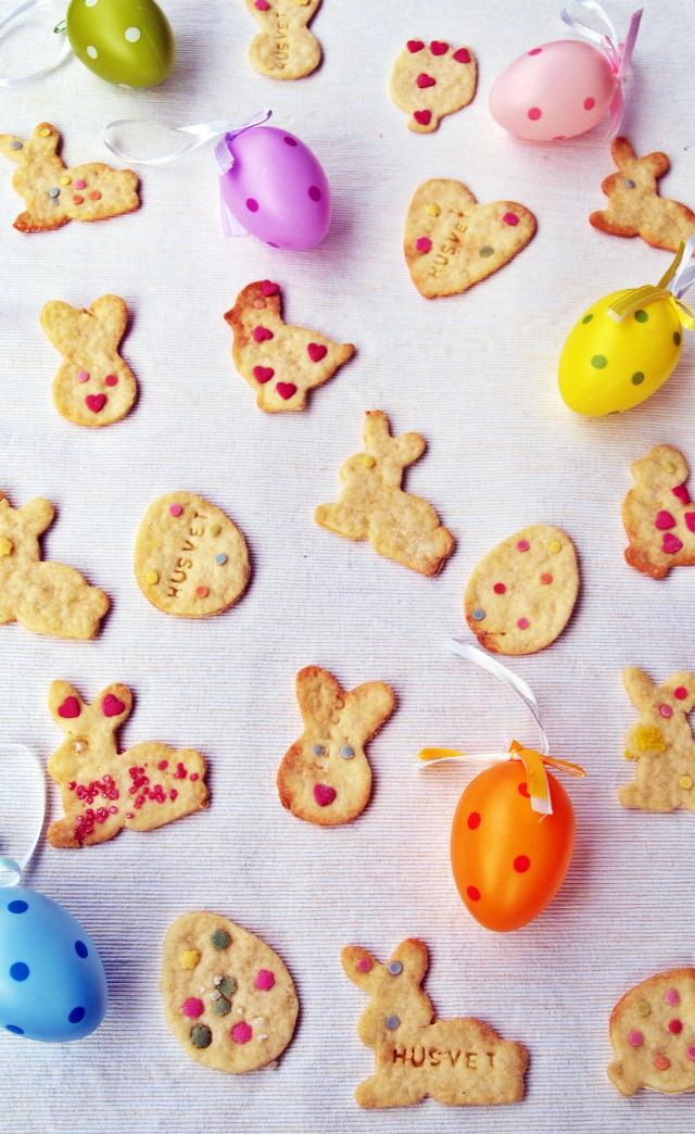húsvét keksz dekorcukor készülődés édességek gyerekek sütipecsét