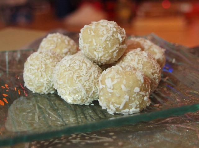 fehércsoki daráltkeksz trüffel kókusz