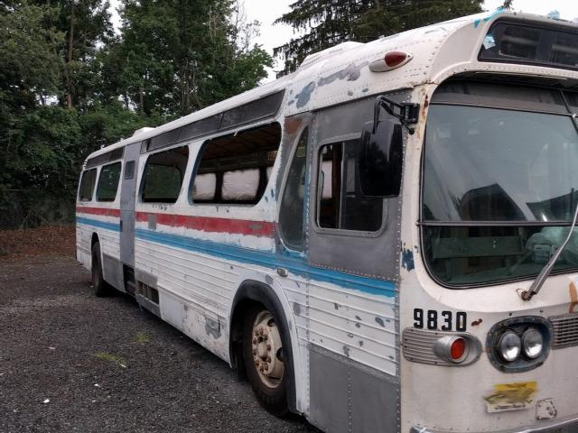 buszlakás lakókocsi otthon szabadidő Jessie Lipskin USA Ingatlanműhely