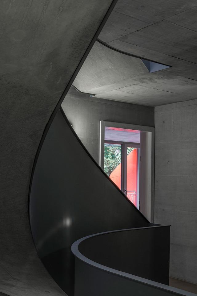 Manuel Hertz Ballet Mécanique Zürich Svájc építészet betoház Ingatlanműhely