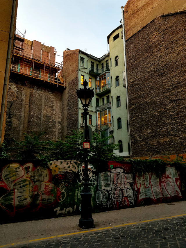 airbnb fizetővendéglátás egyéb szálláshely-szolgáltatás booking turizmus ingatlanhasznosítás lakásbefektetés 2018 Budapest Magyarország Ingatlanműhely