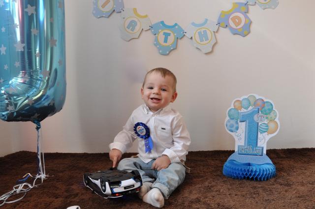 születésnap első születésnap babamama kismamablog babamamablog baba móka kacagás szeretet