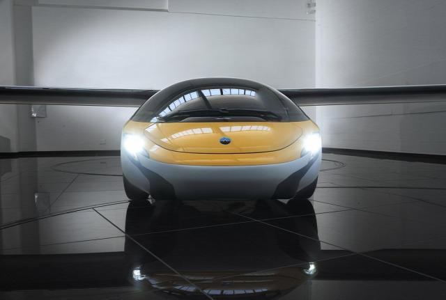 repülő autó autócsodák Aero Mobil