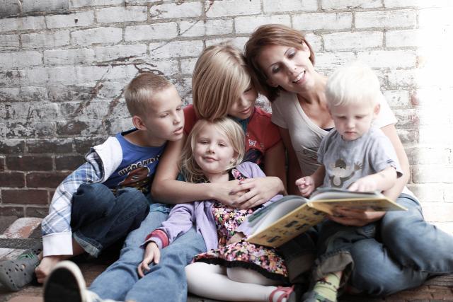 anyák napja anya irodalom könyv ajándék romantikus anyaság regény