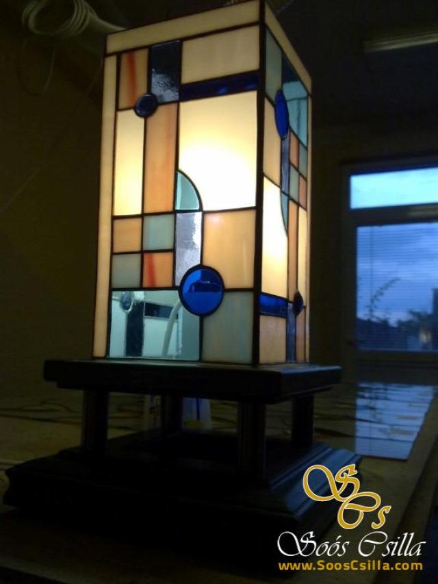 tiffany lámpa tiffany technika ólomüveg tiffany csillár tiffany álló lámpa tiffany lámpa készítés tiffany üveg ólomüveg lámpa ólomüveg csillár