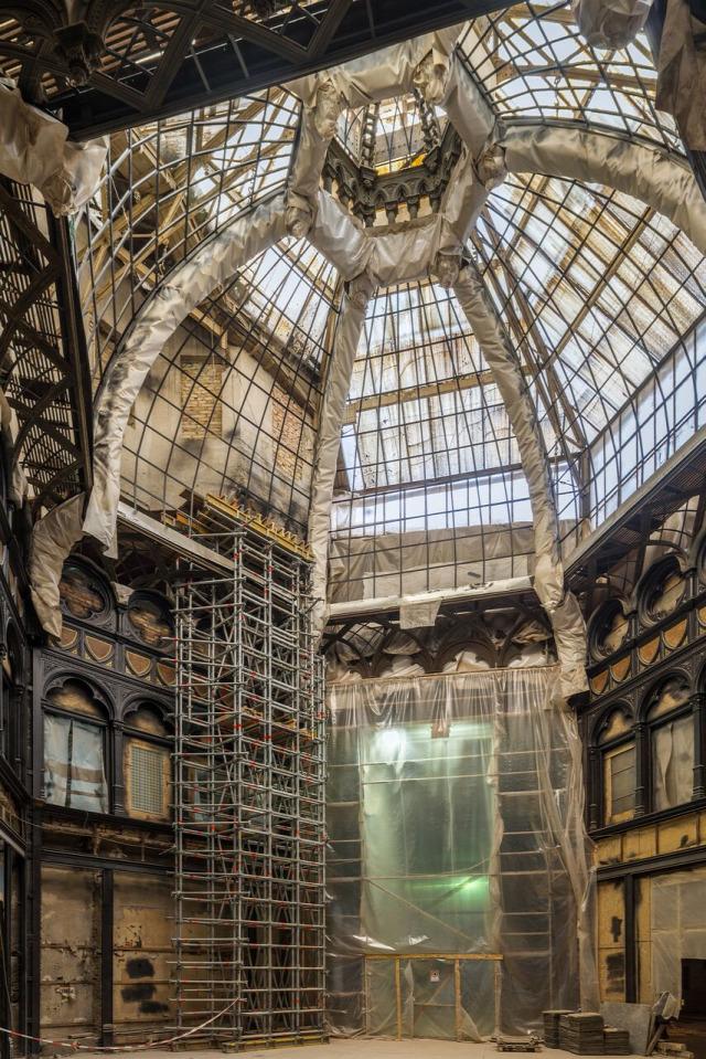 párizsi udvar felújítás passzázs nyitott archikon ferenciek tere