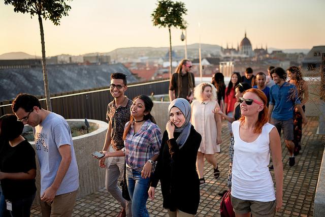 szépség design építészet budapest market épület belváros ceu soros egyetem
